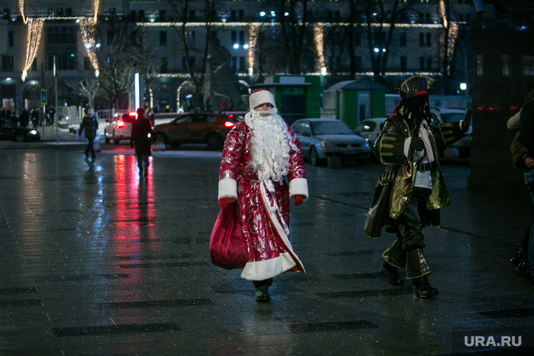 Предновогодняя Москва. Иллюминация, дед мороз, новый год, вечерняя москва