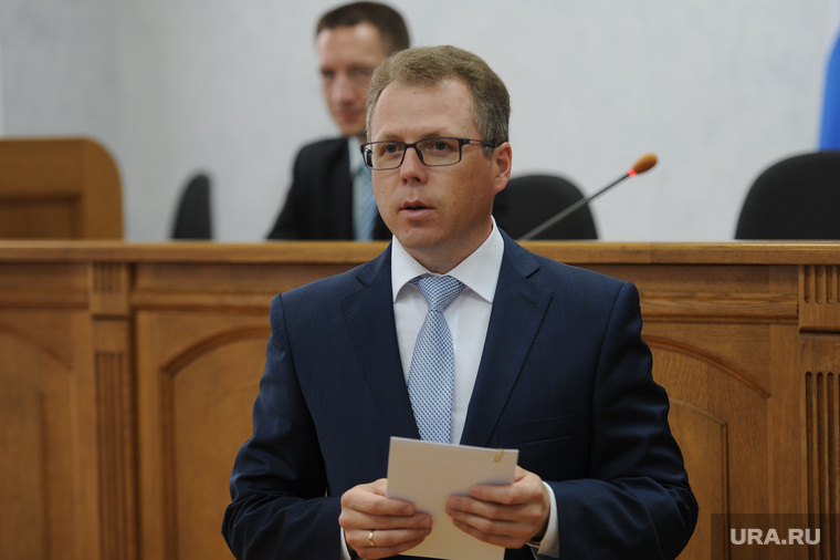 Дубровский назвал тех, кто решит судьбу проблемного района