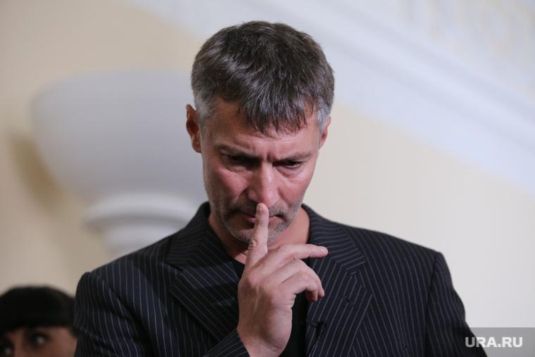 «Посидели, чаю попили». Ройзман встретился сзампредом русской партии пожилых людей