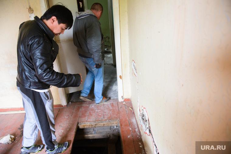 Садо пытки в подвале 14 фотография