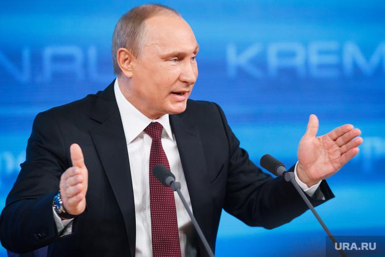 Большинство опрошенных россиян одобряют деятельность Путина