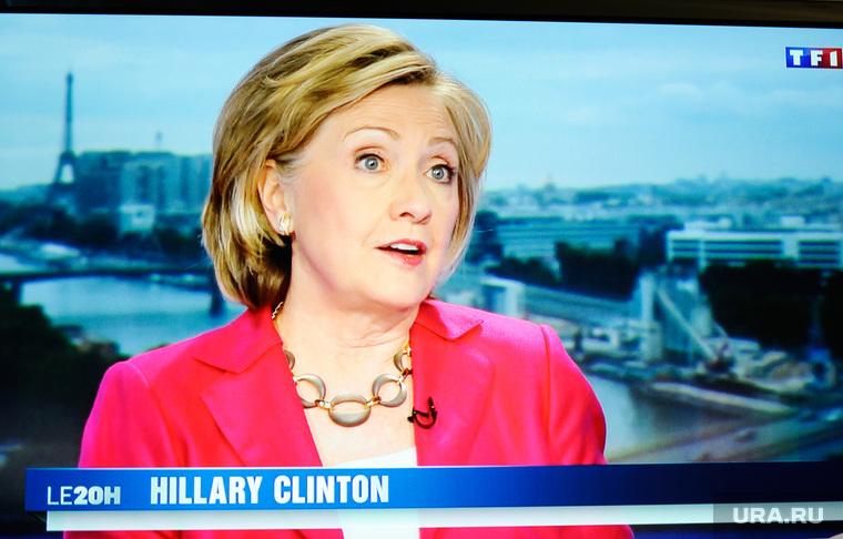 «Нос нетот!» В социальных сетях заговорили одвойнике Хиллари Клинтон