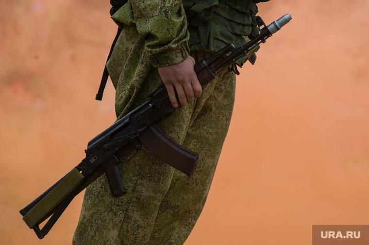 Гонка героев 2016. Екатеринбург, солдат, автомат калашникова, армия россии