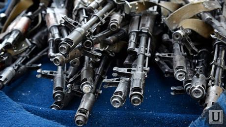 Захваченная военная часть. Луганск. Украина, армия, оружие, трофеи, автоматы