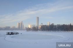 Расчищенная ледяная площадка у Динамо. Екатеринбург, каток, лед, екатеринбург, городской пруд