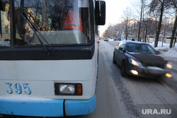 Микрорайон Уралмаш без света. Екатеринбург, троллейбус