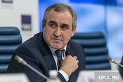 Сергея Неверова переизбрали секретарем генсовета партии