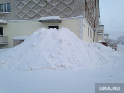 Снежные улицы Салехард, сугроб