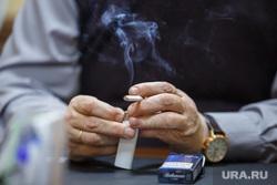 Роман Шадрин. Екатеринбург, курение, сигарета