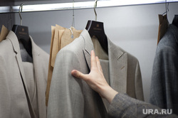 Обсуждение летних тенденций в магазине модельера Шишкина. Екатеринбург, гардероб, деловой стиль, костюм, одежда