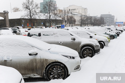 Снегопад. Уборка города. Челябинск., парковка, зима, стоянка