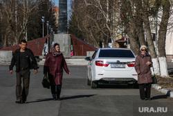 На пешеходной зоне в Кургане восстановлены ограничители проезда автомобилей., пешеходная зона